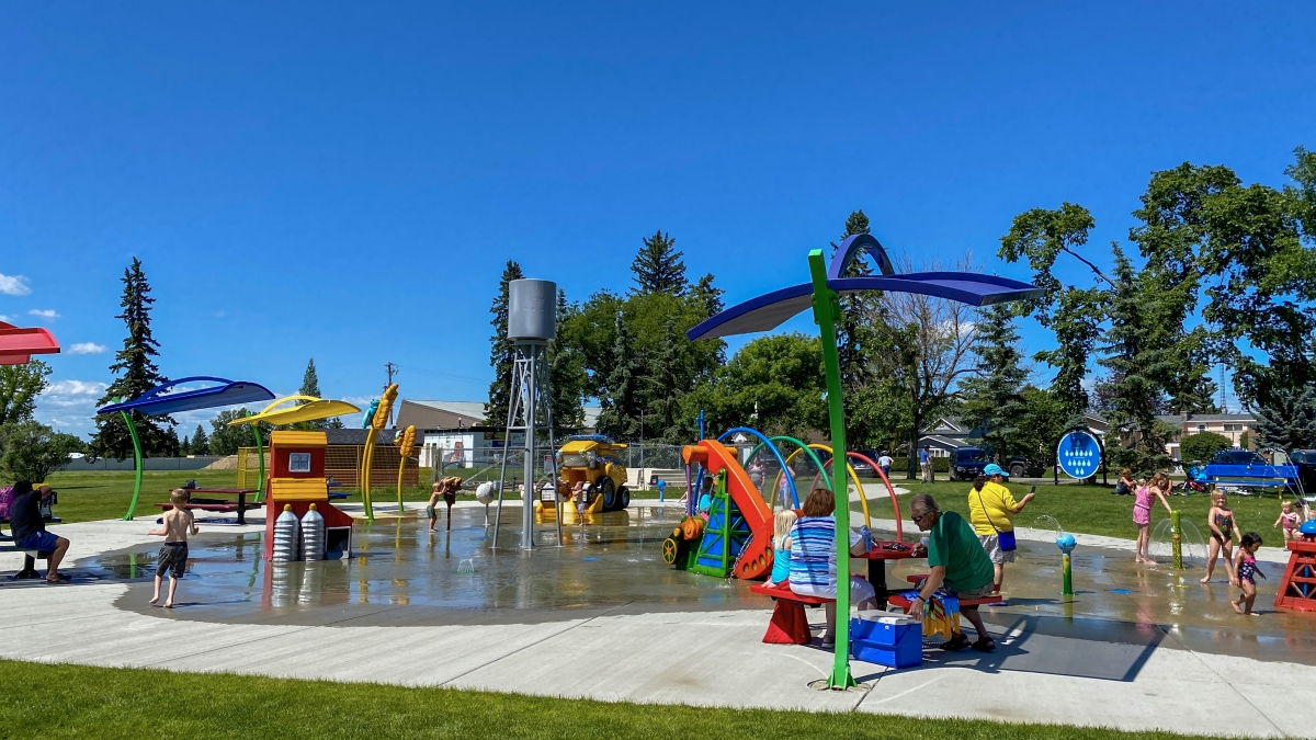 Olds Splashpark at Centennial Park